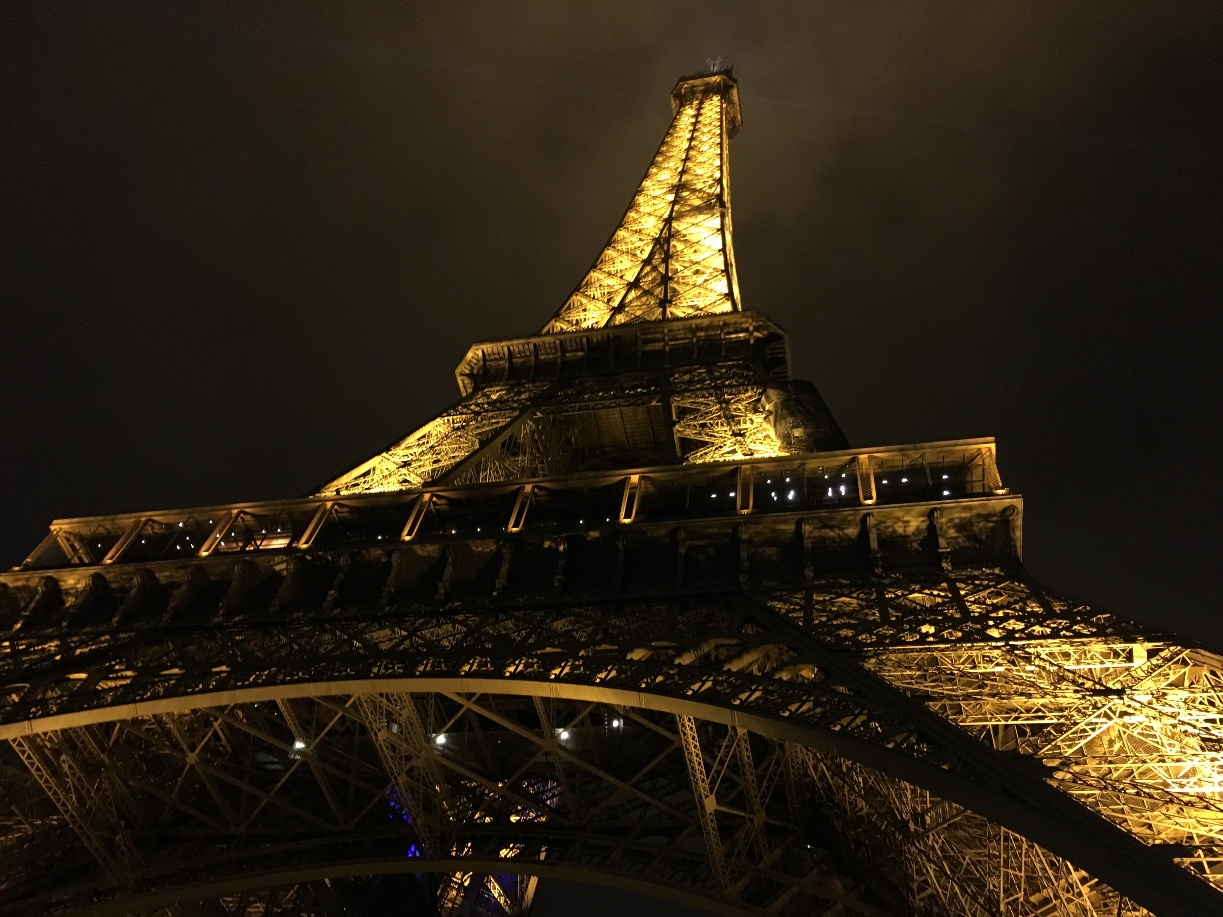 Quando Mettono Le Luci Di Natale A Parigi.Parigi Radici Blog Di Cucina Vegetariana E Vegana Di
